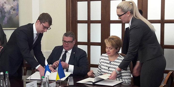 Підписано угоду між Україною та Фінляндією щодо підтримки нової української школи