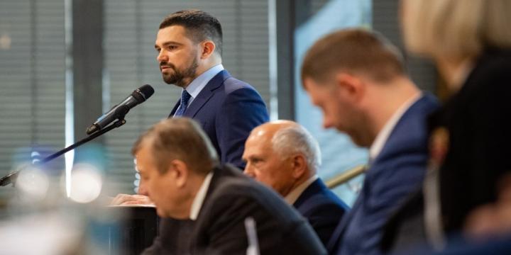 В Офісі Президента України наголосили на необхідності змін до Конституції в частині децентралізації